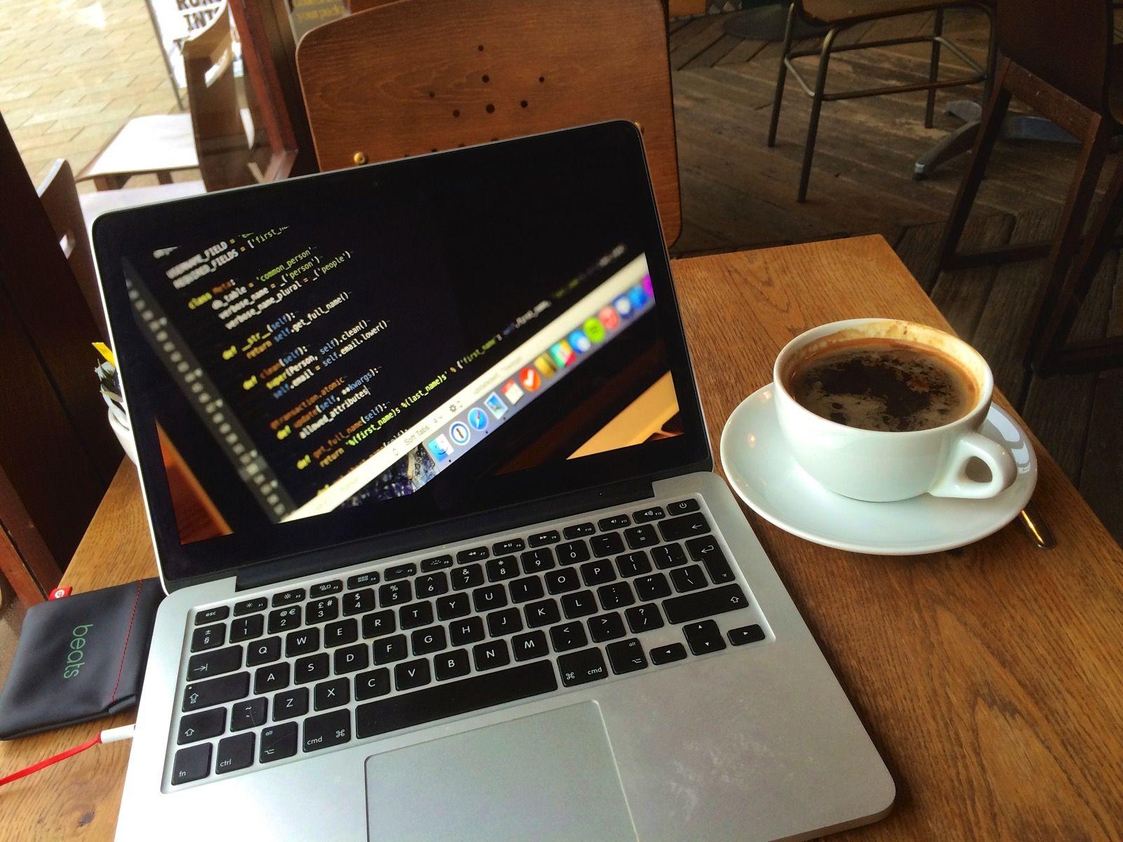 Blogging in Tom Foolery